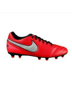 Nike férfi stoplis cipő-TIEMPO RIO III FG